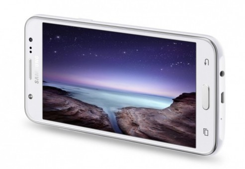 سامسونگ از گلکسی J5 و J7 با عنوان گوشی های سلفی همراه با فلاش خبر می دهد