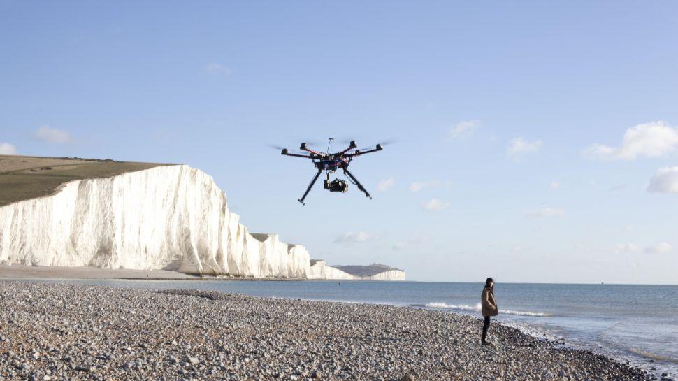 گوگل می خواهد یک سیستم کنترل ترافیک هوشمند برای هواپیما های بدون سر نشین منظور کلوگیری از برخورد های هوایی درست کند.