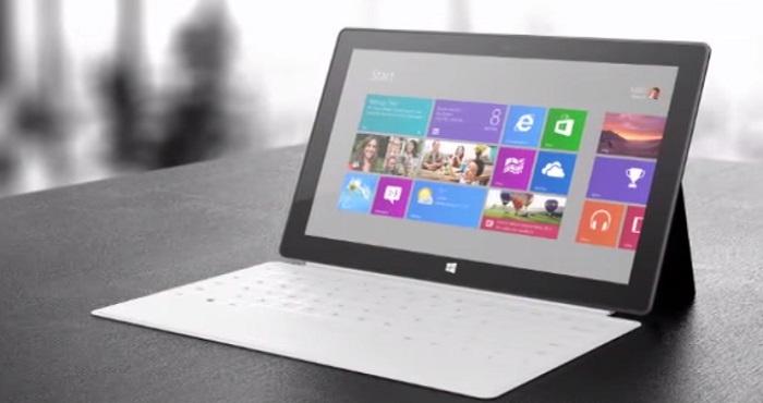 Surface Pro 4    در نهایت با روی کار آمدن ویندوز 10، شاید این بهترین زمان برای مایکروسافت باشد که تبلت هیبرید سرفیس پرو جدیدش را معرفی نماید، زیرا دیگر از تاریخی که - 20 می 2014 (30 اردیبهشت 1393) - سرفیس پرو 3 را معرفی کرده، زمان زیادی گذشته است.  اگرچه از زمان که سرفیس پرو 3 منتشر شده تا زمان معرفیِ سرفیس پرو 4، فاصله زیادی وجود دارد اما انتظار نمی رود که این تبلت جدید مایکروسافت تغییرات عمده ای را نسبت به قبل شاهد باشد. اگر بخواهیم به شایعات موجود در اینترنت بسنده کنیم باید گفت که سرفیس پرو 4 درست همانند قبل، با همان صفحه 12 اینچی عرضه خواهد شد و از لحاظ فرم ظاهری نیز کاملا با نسخه قبلی خود برابر خواهد بود. اما اگر بخواهیم به تکنولوژی به کار رفته در درون سرفیس پرو 4 اشاره کنیم، باید بگوییم که احتمالا از تراشه Skylake Core M بهره خواهد برد – اگر چه که به نظر می رسد در سایر مشخصات تفاوتی با برادر بزرگتر خود نداشته باشد.