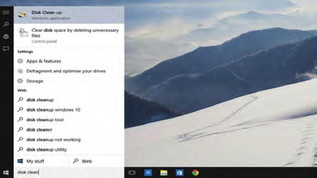 """10. ویندوز قدیمی را پاک کنید  خب! دیگر زمان آن رسیده است که با ویندوز ۷ یا ویندوز ۸ بر روی کامپیوترتان وداع کنید. برای انجام این کار کافی است که روی استارت منو کلیک کرده و بنویسید """"disk clean up""""، حال برنامه """"Disk Clean Up"""" را باز کنید. حال شما می توانید درایو (:C) را انتخاب کنید، دکمه """"OK"""" را بفشارید و بگذارید ویندوز درایوتان را اسکن نماید. در پنجره باز شده به سمت پایین حرکت کنید، """"Previous Windows Installation"""" را تیک بزنید، """"Clean up system files"""" را انتخاب کنید و کار تمام است."""