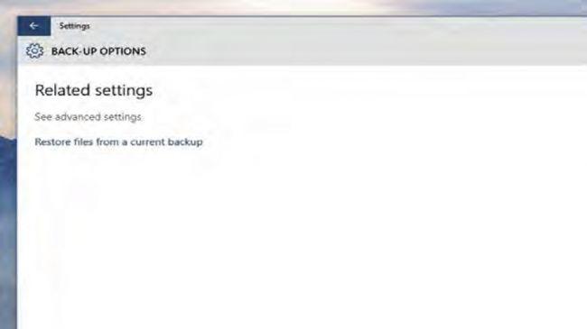 """6. بک آپ را به پایان رسانید  حال در پایین سمت چپ صفحه بر روی """"بک آپ ایمیج سیستم"""" (System Image Backup) کلیک کنید و سپس روی """"تنظیم بک آپ"""" (Set up Back-up) در سمت راست صفحه کلیک نمایید. درایوی که می خواهید برای بک آپ از آن استفاده نمایید را مشخص کرده و سپس """"بعدی"""" (Next)، سپس """"Let Windows chose"""". دوباره بر روی """"Next"""" کلیک نمایید. حال در این قسمت شما می توانید برای اینکه چه موقعی ویندوز عملیات بک آپ گیری را انجام دهد، زمان بندی خاصی مشخص نمایید و سپس بر روی """"ذخیره تنظیمات و اجرای بک آپ"""" (Save settings and run backup) کلیک کنید."""