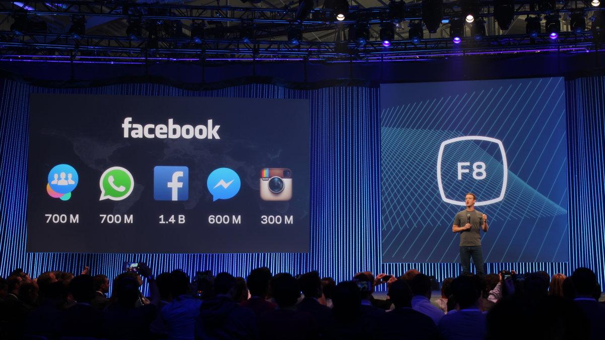 برنامه ی واتساپ به ۹۰۰ میلیون کاربر فعال در ماه رسید