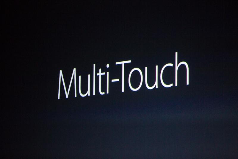 """""""صفحه نمایش ها توسط یک برند گلس جدید پوشیده شده اند، قوی ترین های موجود در صنعت"""" """"شاید یکی از مهم ترین ویژگی هایی که آیفون به جهان معرفی کرده است ویژگی مالتی تاچ (چند لمسی) است."""" """"این واقعا یک تکنولوژی عمیق و پیشرفته است. تیم های ما به شدت کار کردند تا ببینیم چگونه می توانیم مالتی تاچ را به نسل بعدی وارد کنیم."""" """"آن ها واقعا توانستند انجامش دهند. این ویژگی 3D Touch نامیده می شود."""""""