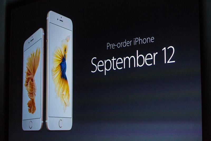 پیش فروش این آیفون های جدید 12 سپتامبر (21 شهریور) خواهد بود.