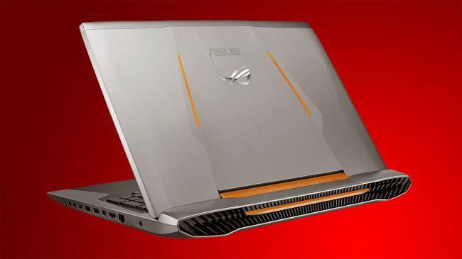 ایسوس همچنین از لپ تاپ دیگری با صفحه نمایش ۱۷.۳ اینچی به نام ROG G752 خبر داد. این دستگاه بازی که تمام ویژگی های طراحی تم و پایه های جدیدی که در ROG GX700 مشاهده می شود را به نمایش می گذارد.
