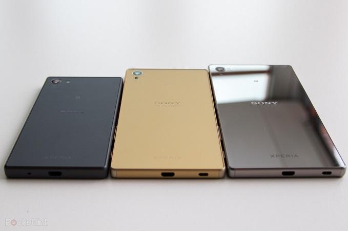 سونی خانواده سونی اکسپریا زد 5 را معرفی کرد که شامل سه موبایل اندرویدی زد 5، زد 5 پریمیوم و زد 5 کامپکت می باشد. زد 5 استاندارد یک صفحه نمایش 5.2 اینچی با رزولوشن 1920 در 1080 پیکسل دارد، در حالی که صفحه نمایش پریمیوم 5.5 اینچ بوده و دارای رزولوشن 4K (3840 در 2160 پیکسل) می باشد و زد 5 کامپکت، یک صفحه نمایش 4.6 اینچ با رزولوشن 1280 در 720 پیکسل دارد.