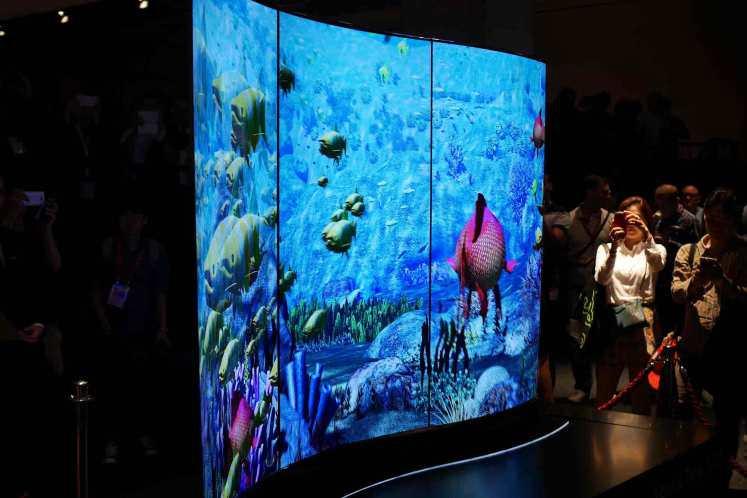 ال جی از تلویزیون های دو طرفه ی خود در نمایشگاه IFA برلین، رونمایی می کند
