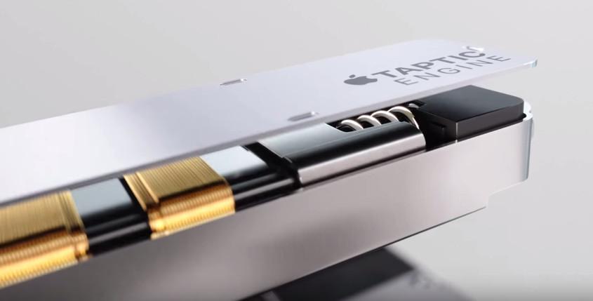 اپل برای فراهم کردن بازخورد هپتیک (لمسی) تکنولوژی لمس 3 بعدی خود، یک سیستم موتور تپتیک (Taptic Engine) اختصاصی تدارک دیده است. سیستم ویبره در یک گوشی معمولی به 10 بار – و یا بیشتر – نوسان احتیاج دارند تا بازخورد را قطعی نمایند، اما در موتور تپتیک به کار رفته در آیفون 6S، فقط یک نوسان برای قطعی شدن بازخورد احتیاج داشته و سپس می ایستد. در حالی که بازخورد یک تپ معمولی تنها 10 میلی ثانیه زمان می برد و یک تپ کامل هم تنها 15 میلی ثانیه زمان خواهد برد، بنابراین بازخوردی بی نظیر برای اعمال پیک و پاپ در تاچ سه بعدی، درست در زیر دستان شما، اتفاق خواهد افتاد.