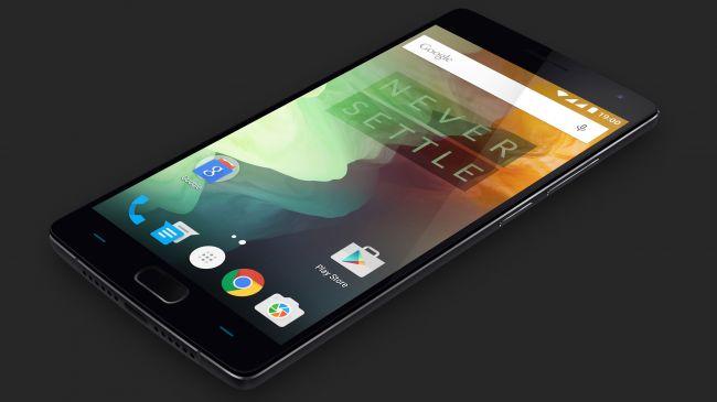"""شماره 9: OnePlus 2 """"قاتل پرچمداران"""" (flagship killer) با قیمتی خارق العاده که دوباره راهش را به 10 گوشی هوشمند برتر دنیا باز کرده است."""