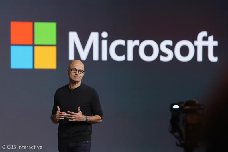 """ساعت 19:13 : """"ما ویندوز 10 را برای عصر جدیدی از محاسبات شخصی ساختیم."""" """"آن چیزی که اهمیت دارد، قابلیت انتقال و جابه جایی تجربه هاست، نه قابلیت جابه جایی و موبیلیتی دستگاه ها"""" """"هیچ دستگاهی به تنهایی نمی تواند برای همیشه قطب و مرکزی از فعالیت ها باشد، آن قطب شما هستید"""" """"مایکروسافت در یک تجربه کسب و کاری قرار دارد."""""""