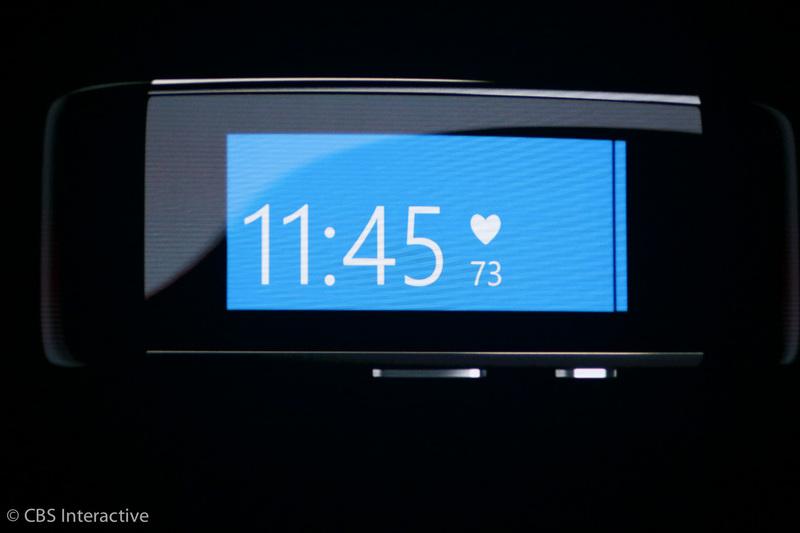 """ساعت 17:54 : """"با مایکروسافت بند شما می توانید به بهترین حالت فردیتان دست پیدا کنید."""" مایکروسافت ترکیبی از بازخوردهای مربوط به عملکرد، سخت افزار و همکاری هایش را ارائه می دهد."""
