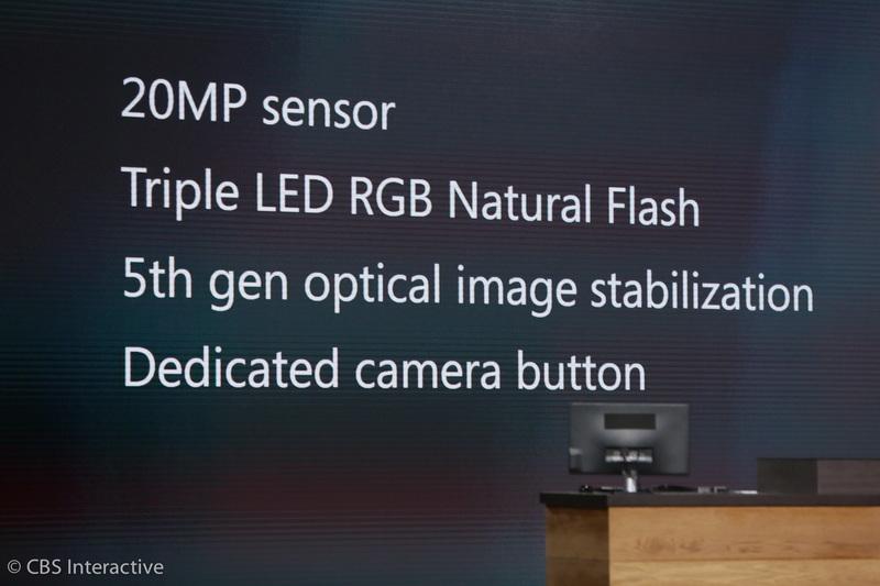 """ساعت 18:10 : """"دوربین ها از یک سنسور 20 مگاپیکسلی استفاده می کنند، یک فلش سه گانه LED RGN Natural، تثبیت کننده تصویر نوری (OIS) نسل 5""""  پانای اضافه کرد که در شرایط نوری کم نیز تصاویر فوق العاده ای می توان ثبت کرد. یک سنسور RGB برای دقت رنگی بیشتر قرار داده شده است. تکنولوژی G4 نیز در این گوشی مانند سایر گوشی هایی است که از این تکنولوژی بهره مند می شوند."""