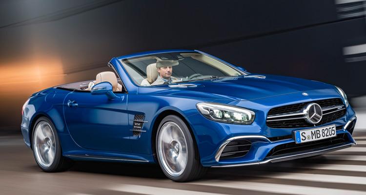 2017 Mercedes-Benz SL  در ورود به کلاس SL، مدل SL450 با یک موتور توربو دوقلوی 3.0 لیتری V6 قدرت 262 اسب بخار تولیدی خود را با یک گیربکس اتومات نه سرعته به چرخ ها منتقل می کند. در پله بعدی از کلاس SL مدل SL550 قرار می گیرد که قدرت 449 اسب بخار خود را توسط یک موتور توربو دو قلوی 4.7 لیتری V8 کسب می کند و در پایان باید به هیولا های مدل AMG - SL63 و SL65 – اشاره کرد که به ترتیب قدرت 577 اسب بخار در SL63 و نیروی 621 اسب بخار با موتور V8 در مدل SL65 ارائه می دهند.