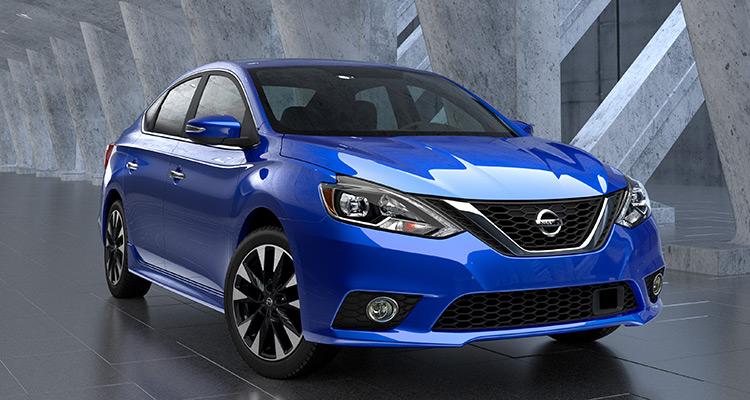 2016 Nissan Sentra  نیسان سنترا (Nissan Sentra) شباهت خانوادگی با آلتیما (Altima) و ماکسیما (Maxima) دارد. از ویژگی های این خودرو می توان به نمایشگر 5 اینچی، هشدار دهنده نقطه کور، هشدار ترافیکی عقب خودرو و ترمز اضطراری را نام برد. این خودرو با قیمت 16,780 دلار در ماه دسامبر وارد بازار خودرو خواهد شد.