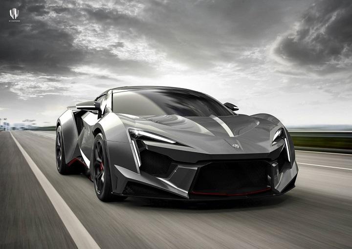 دابلیو موتورز با طراحی عجیب مدل فنیر سوپر اسپورت خود در نمایشگاه اتوموبیل دبی، جهان را شگفت زده کرد