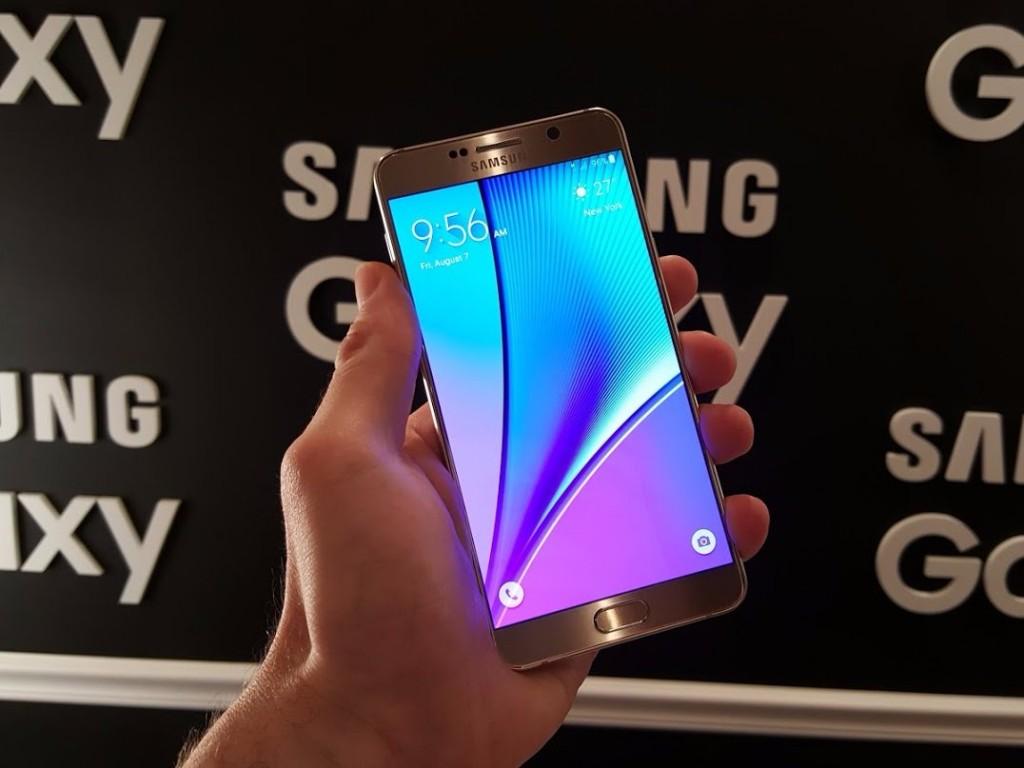 این گوشی زود تر از گلکسی S6 عرضه خواهد شد