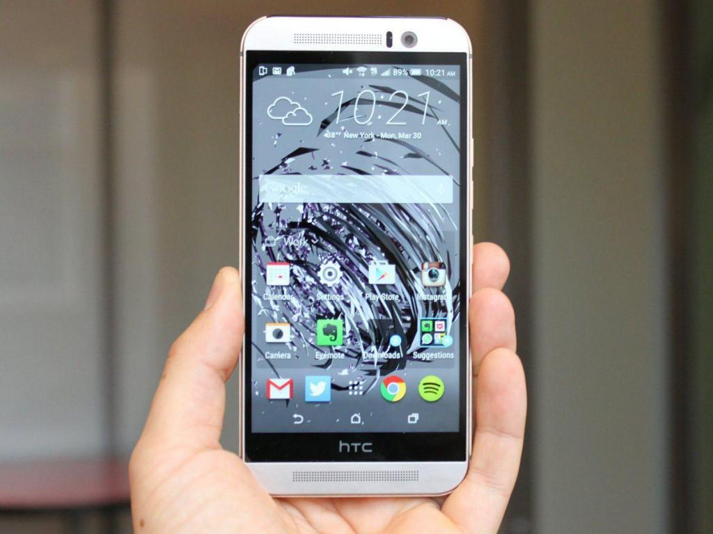 شرکت HTC گوشی پرچمدار خود به نام One M9 را با بدنه ی فلزی به زیبایی طراحی کرده است