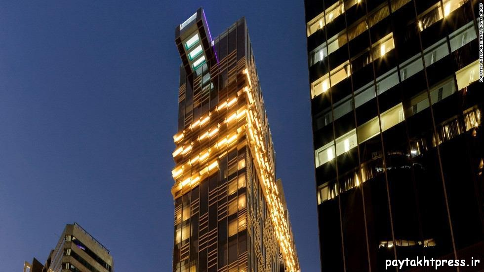 استخر هتل ایندیگو هنگ کنگ با کف شیشه ای