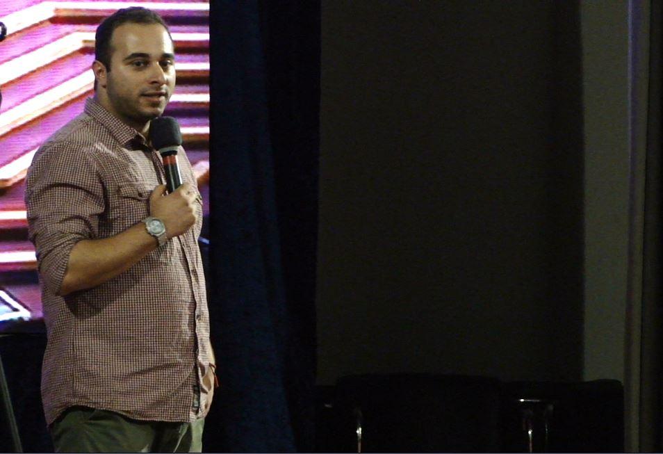 شایان شلیله، بنیان گذار جشنواره وب روی سن، قبل از اعلام برگزیدگان بخش های مختلف هشتمین جشنواره وب و موبایل ایران