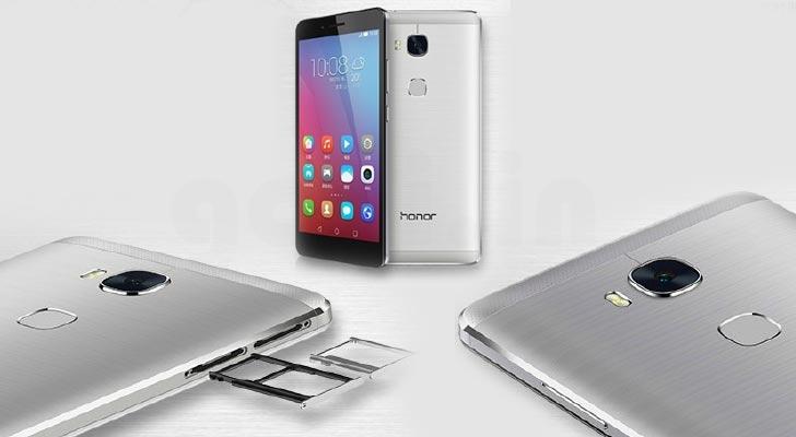 گوشی آنر 5X دو سیمکارته بوده و اندروید 5.1.1 لالی پاپ بر روی آن پیش نصب شده است. این گوشی با اندازه های 8.2 در 76.3 در 151.3 میلیمتر، 158 گرم وزن داشته و از شبکه ارتباطی 4G LTE پشتیبانی می کند.