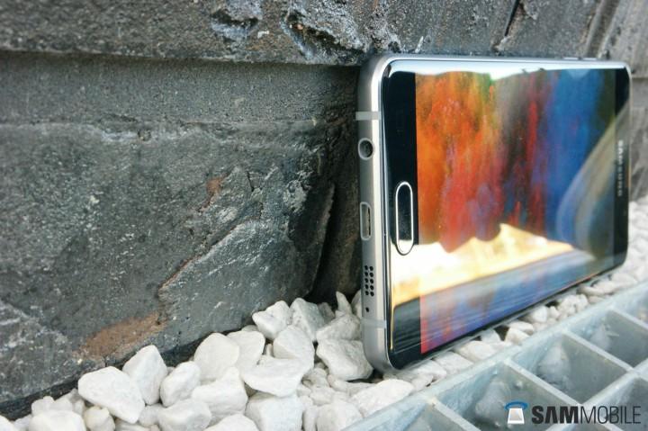 صفحه نمایش 5.2 اینچی سوپر آمولد در گلکسی A5 سال 2016 سامسونگ با رزولوشن 1920 در 1080 پیکسل همراه است