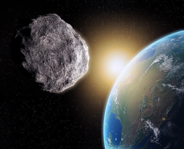 خرده سیارک بزرگی به زمین نزدیک میشود؛ احتمال برخورد چقدر است؟!