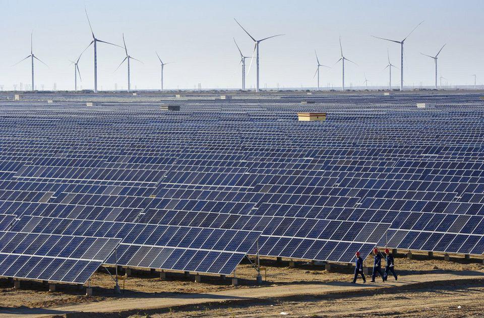چین: ۲۸۳۳۰ مگاوات