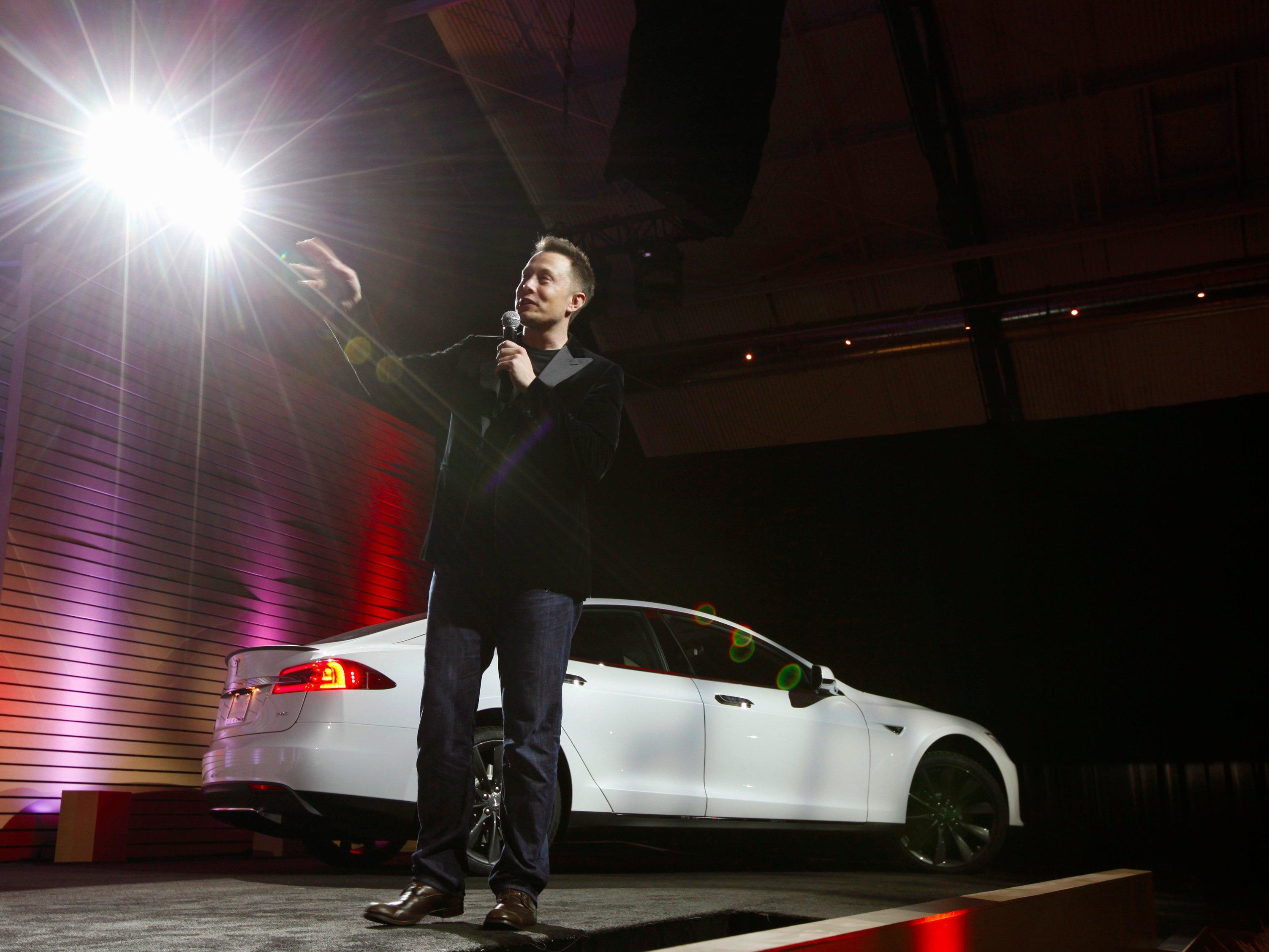 دعوت تسلا برای برگزاری رویداد رونمایی از خودروی جدید Model 3
