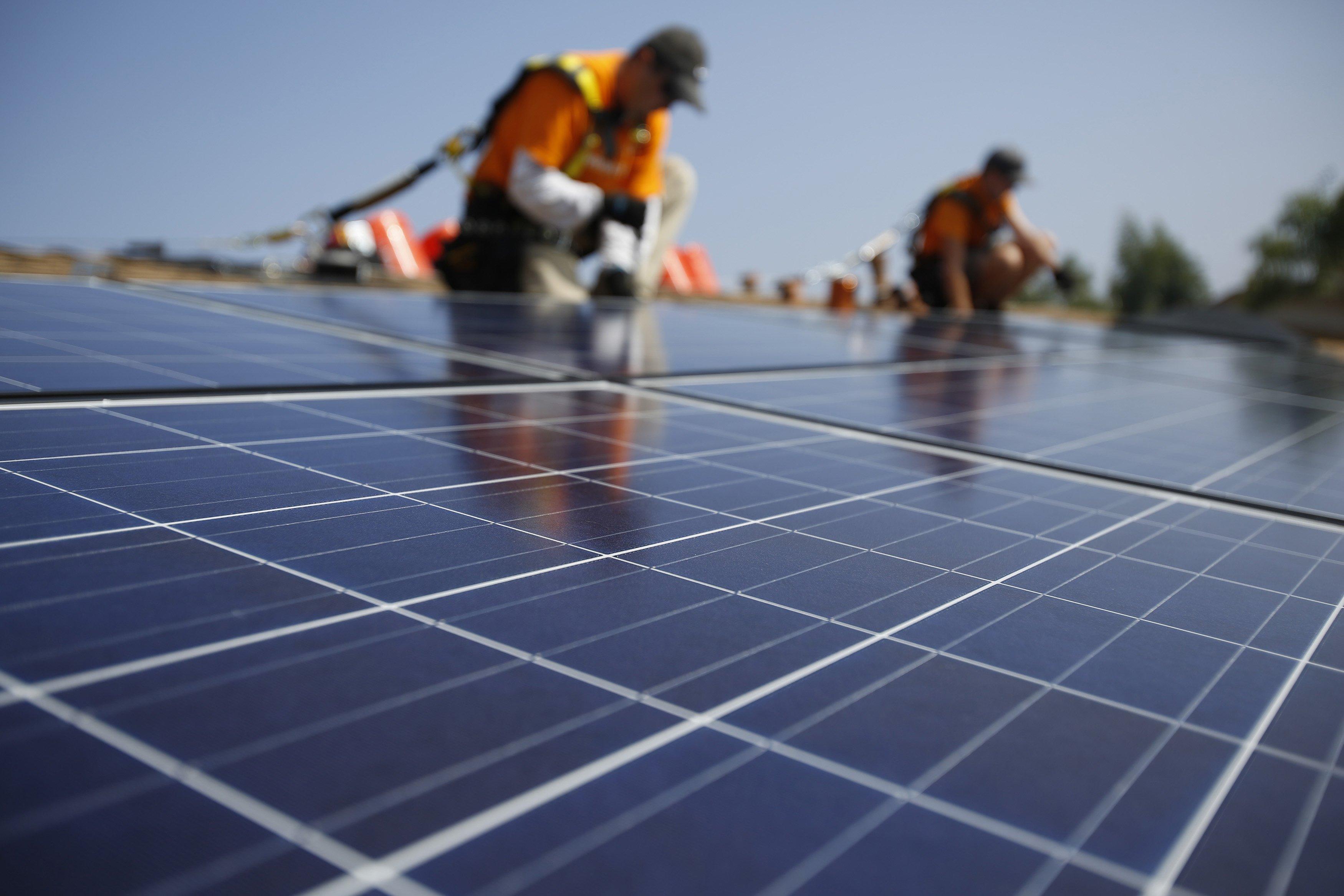 ۱۰ کشور پیشتاز در زمینه انرژی خورشیدی