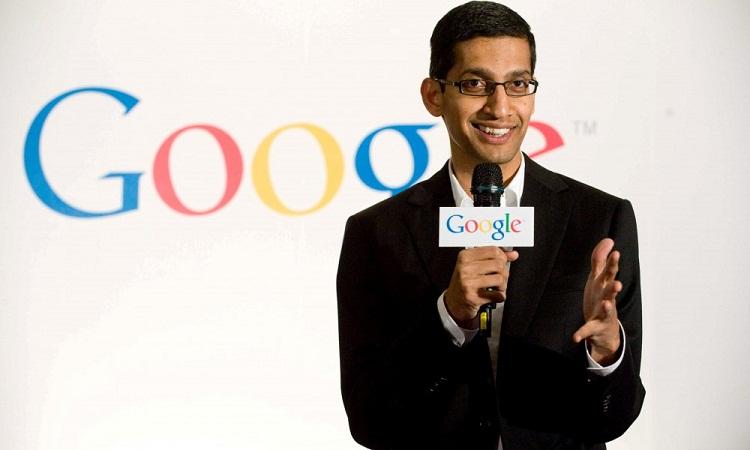 ساندار پیچای (Sundar Pichai) این سمت (مدیر اجرایی گوگل) را با گزارش مستقیم به پیج قبول کرد.