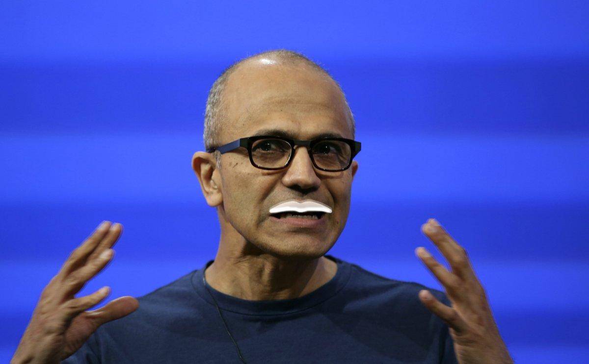 مایکروسافت هر سال ۲۳ میلیون نویدنی رایگان برای کارکنان خود از کافه تریا (عمدتا شیرو آب پرتقال) تهیه می کند.