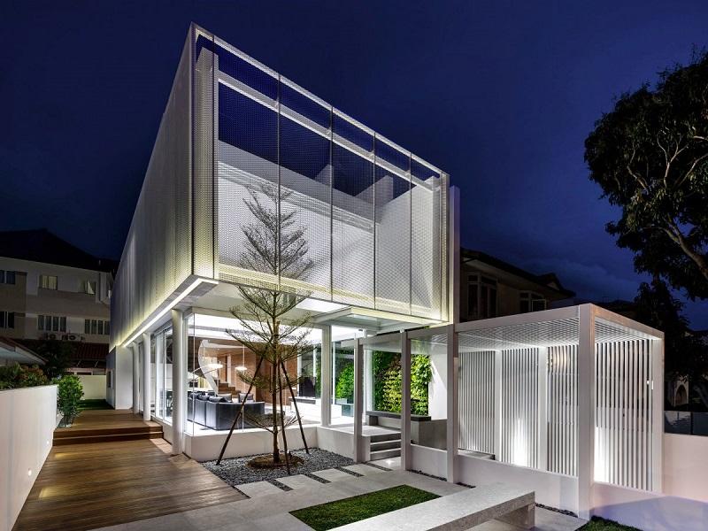 بهترین خانه ی بزرگ شخصی: The Greja House؛ یک خانه ی بزرگ خانوادگی در سنگاپور که توسط Park + Associates Pte Ltd طراحی شده است.