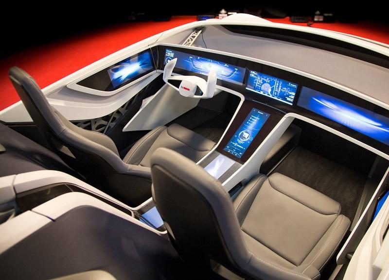 کمپانی بوش، تامین کننده ی لوازم خودروسازی نیز چندین سال است که در زمینه ی تکنولوژی خودران تلاش می کند؛ این شرکت برای آماده سازی این ماشین ها تا سال 2020 برنامه ریزی کرده است.