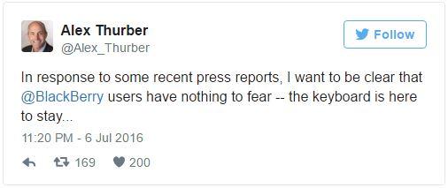 """ترجمه توییت Alex Thurber: """"در جواب به برخی از گزارشات اخیر رسانه ها، من می خواهم این موضوع را برای کاربران بلک بری روشن کنم که جای هیچ نگرانی نیست، کیبورد همچنان باقی است..."""""""