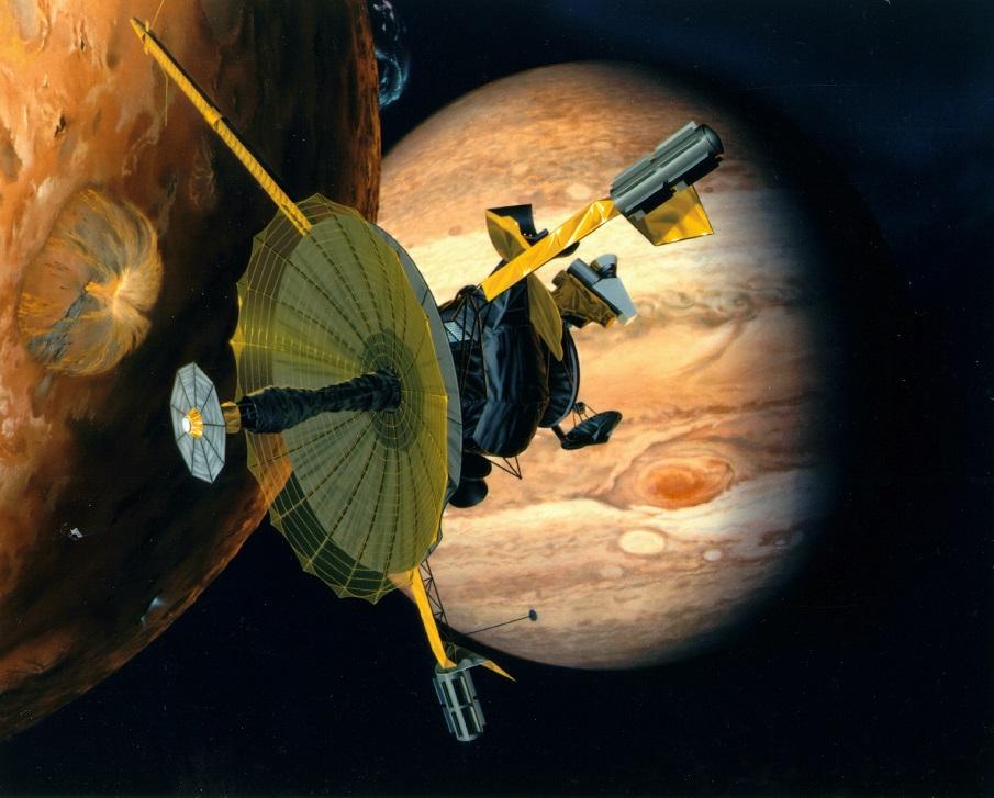 در سال 1995 میلادی/1374 شمسی فضاپیمای گالیله پس از سفری شش ساله به مشتری رسید. از این فضاپیما، آزمایشگری جدا شد و به درون جو مشتری رفت و اطلاعات ارزشمندی از شرایط، ترکیب شیمیایی و جو آن ارسال کرد. خود فضاپیما نیز تا چندین سال به دور مشتری چرخید و تصویرهای جالب توجهی از مشتری و قمرهایش ارسال کرد.