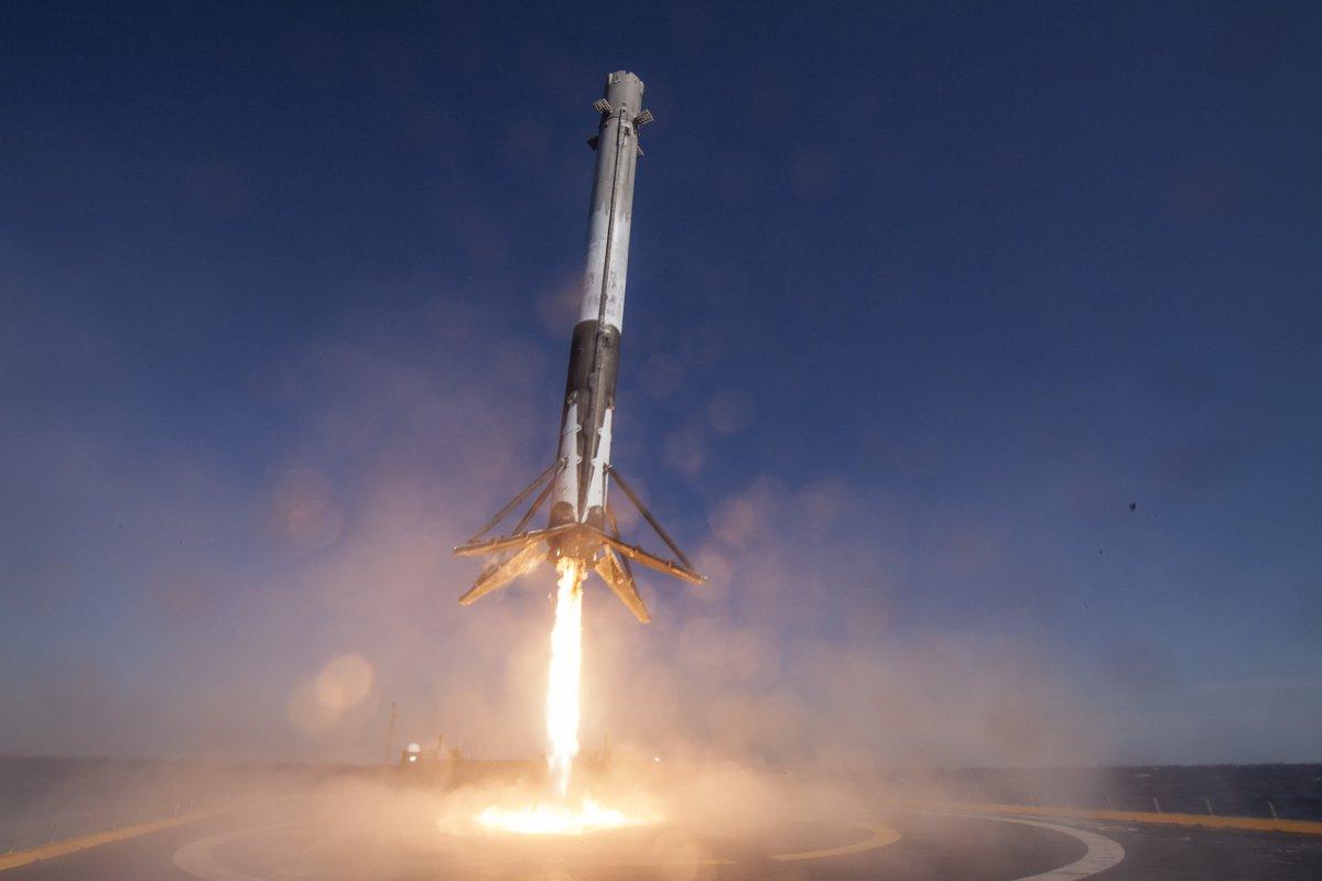 پرتاب موشک فالکون 9 به مقصد ایستگاه فضایی بین المللی با محموله ای حیاتی!