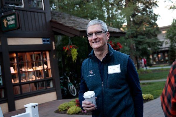 هوش مصنوعی و واقعیت افزوده؛ تکنولوژی های اساسی در آینده ی کمپانی اپل