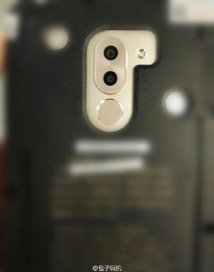 علاوه بر این گوشی هواوی Mate 9 در تصویر جدید فاقد فوکوس لیزری است