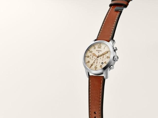 Fossil یک ساعت هوشمند جدید وارد بازار می کند