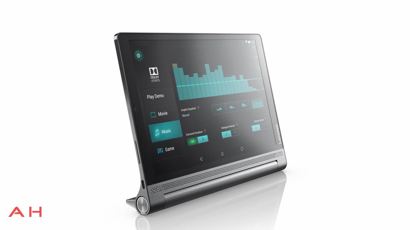 تبلت Yoga Tab 3 Plus نیروی روشنایی خود را از یک باتری بزرگ 9000 میلی آمپر ساعتی تامین کرده و لنوو می گوید که قادر است تا با شارژ کامل بیش از 18 ساعت این تبلت را برای کار آماده نگه دارد.