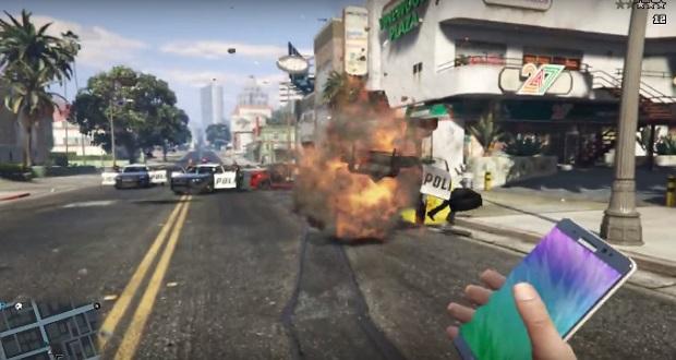 در یکی از کلیپهایی که اخیراً در یوتیوب گذاشتهاند، از انفجار گلکسی نوت 7 سامسونگ نهایت استفاده را برده و آن را به جای بمب دستی در بازی جیتیای 7 استفاده میکنند!