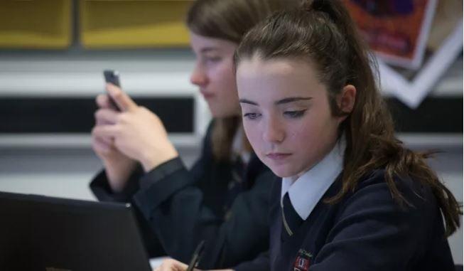 دانش آموزان قادر به تشخیص محتوای حمایتی و تبلیغی