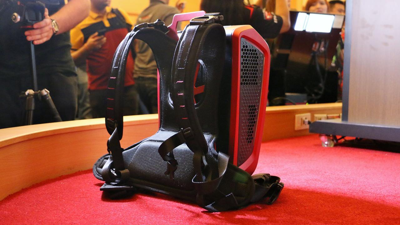 پیش فروش کوله پشتی گیمینگ VR GO از شرکت ام اس آی آغاز شده است. محصول MSI VR GO یک کامپیوتر قدرتمند و قابل حمل به صورت کوله است که قیمت بالایی دارد.