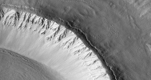 کشف ورقه عظیم یخی در مریخ