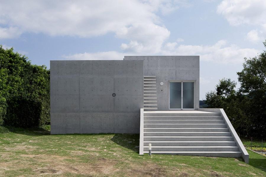 خانه ای با پلکان مارپیچی از کازونوری فوجیموتو