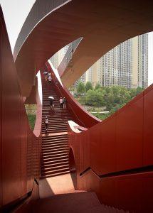 پل گره خوش شانسی، روبان سرخ موجداری از استودیوی معماری NEXT