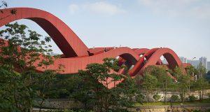 پل گره خوش شانسی ؛ روبان سرخ موجداری از استودیوی معماری NEXT