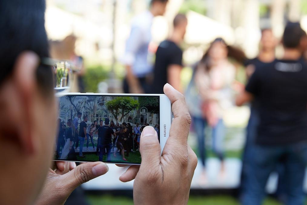 گوشی پرچمدار شرکت هوآوی، میت 9 توانسته است وارد رکوردهای گینس شود. میت 9 یک موبایل تمام عیار و قدرتمند از شرکت چینی هواوی است.