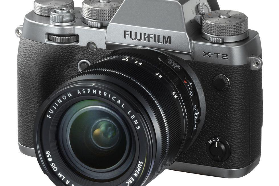 شرکت فوجی فیلم یک دوربین کامپکت جدید با نام FinePix XP120 در CES 2017 رونمایی کرده است که دارای بدنه مقاوم در برابر آب و ضربه است