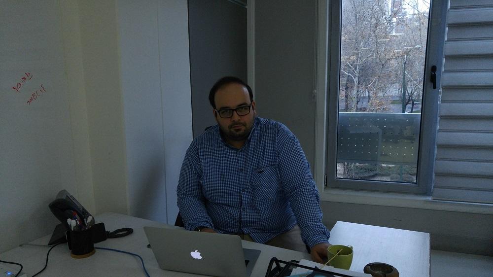 میلاد احرامپوش، بنیانگذار جشنوراه اپلیکیشنهای ایران و یکی از ارکان اصلی جشنوراه وب و موبایل ایران است که از نهمین جشنوراه وب و موبایل ایران میگوید.